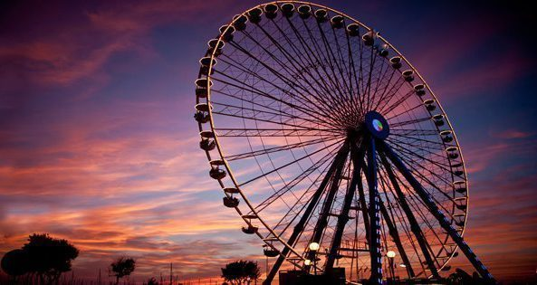 ruota-panoramica-rimini-tramonto