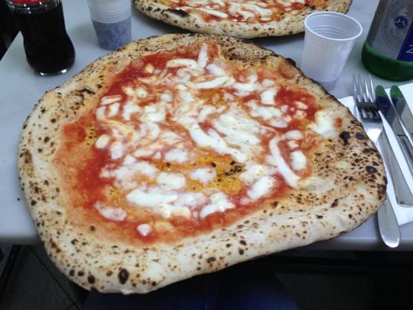 piatti-pizza-napoli