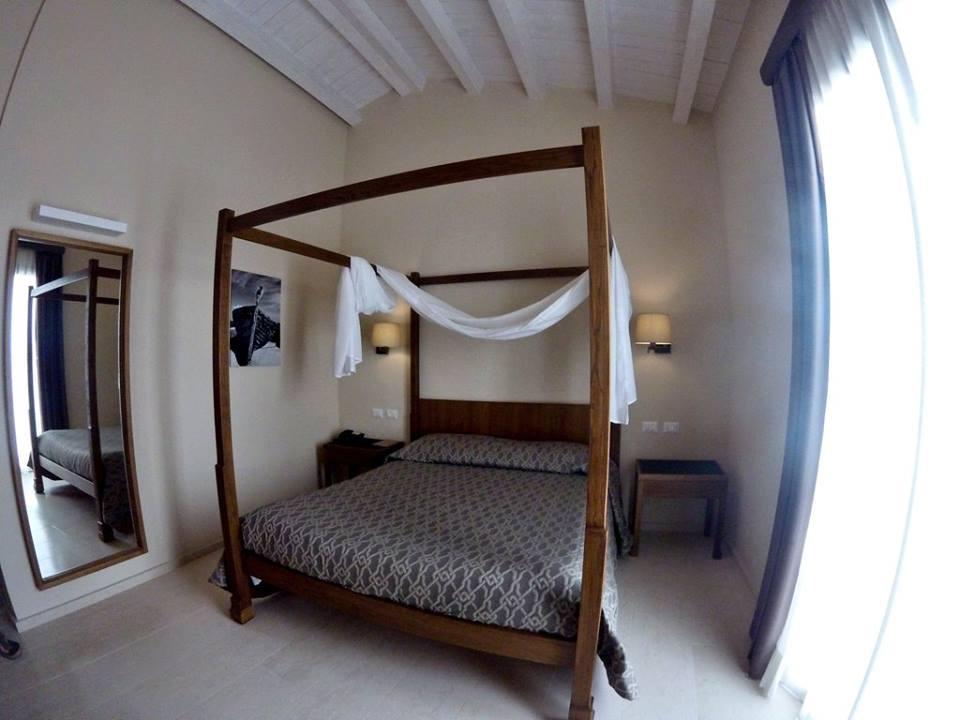 firriato-resort-camera