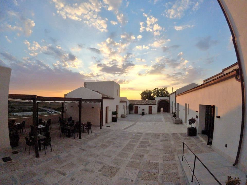 firriato-resort-tramonto