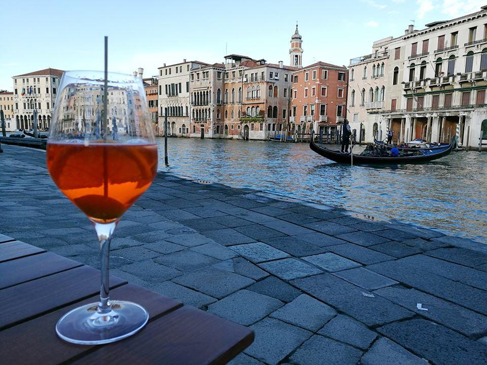 venezia-spritz-gondola