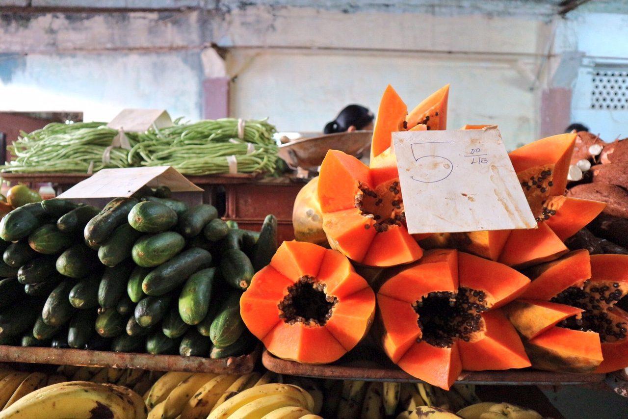 cuba-frutta-mercato