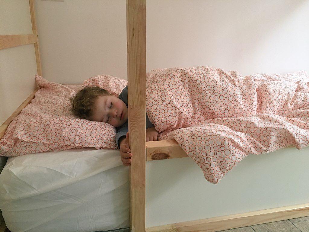 Letto montessoriano per bambini come crearlo con ikea a basso costo - Letto bambino ikea ...