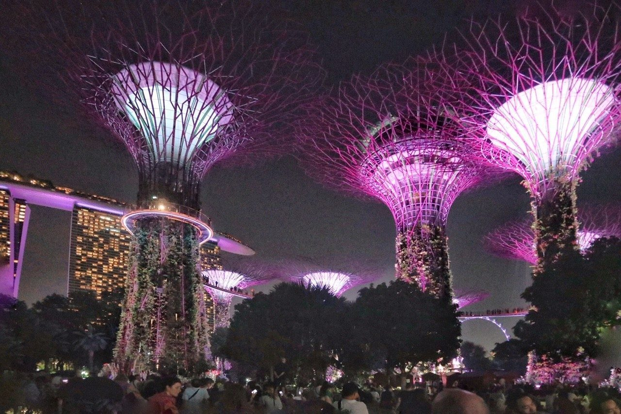 Singapore di sera